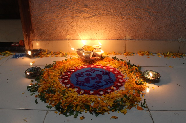 Trendy Diwali Diya Decoration Ideas To Consider In 2019