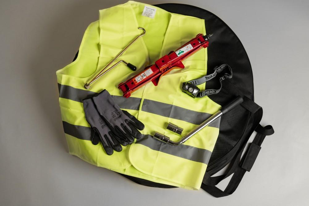 car wheel change kit
